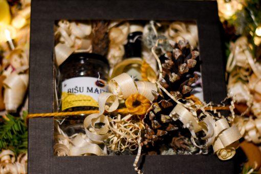 Medus komplekts ar medus kandžu