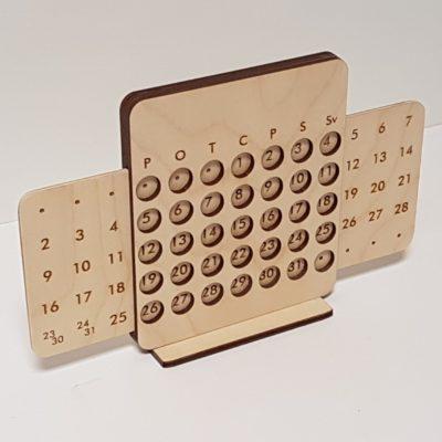 Koka galda kalendārs